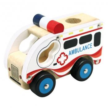 Dřevěné auto ambulance
